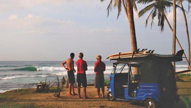 Wellenreiten uns Surfen Sri Lanka September