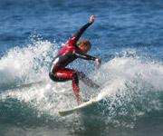 Fish Surfboard bei kleinen Wellen