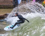 Eisbach Surfer Turn Riversurfboard